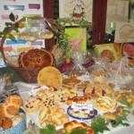 izložbeni stol krušnih proizvoda